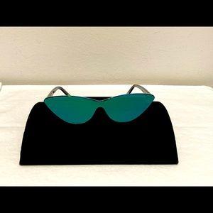 NWT DIFF Mya Sunglasses